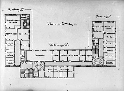 Grunnplan og tverrsnitt marcus - Atelier 154 ...